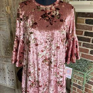LuLaRoe Velvet Floral Print Maurine NWT